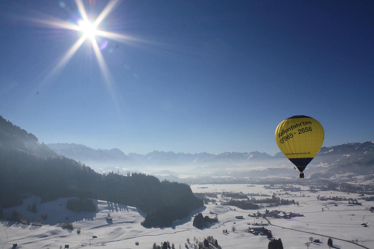 Tolle Alpensicht (Copyright Ballonfahrten Augsburg Events)